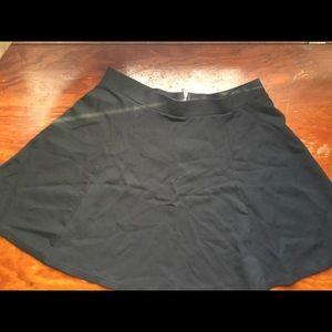 H&M Black Flared Skirt